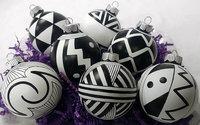 Ornament Black on White