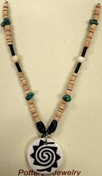 Necklace Spiral B/W